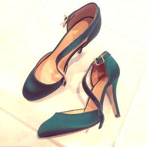 *Never Worn* J.CREW emerald green satin shoes